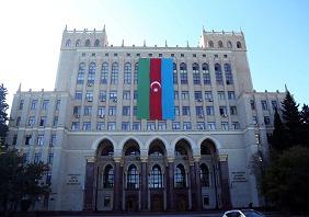 Azərbaycan Milli Elmlər Akademiyasının Əsas binası Azərbaycan bayrağı ilə bəzədilib