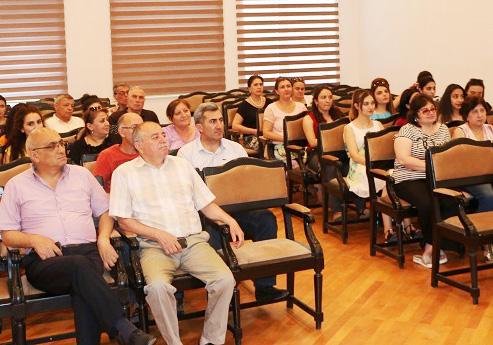 """RSXM - də """"EBSCOHOST platformasında interaktiv axtarış"""" seminarı"""