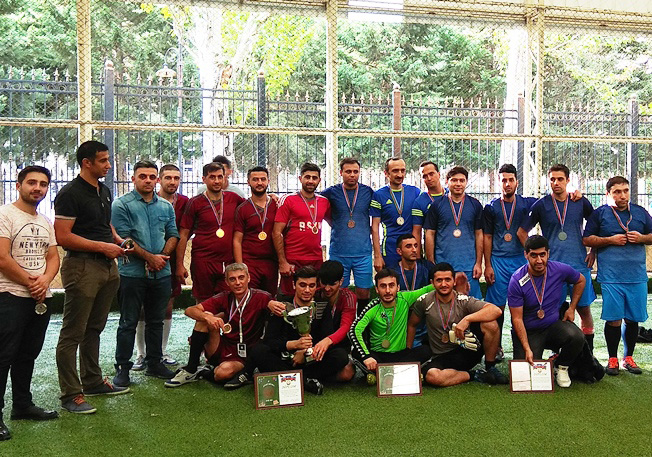 The team of seismologists became the champion
